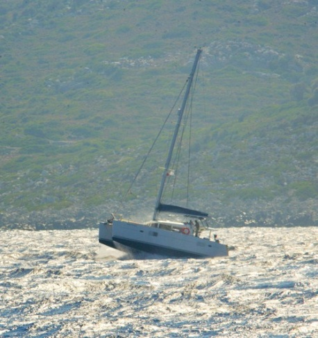 https://www.antarescatamarans.com/img/dodger/catamaran-scrambled.jpg