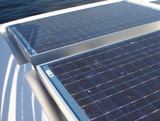https://www.antarescatamarans.com/img/dodger/solar-panels-catamaran.jpg