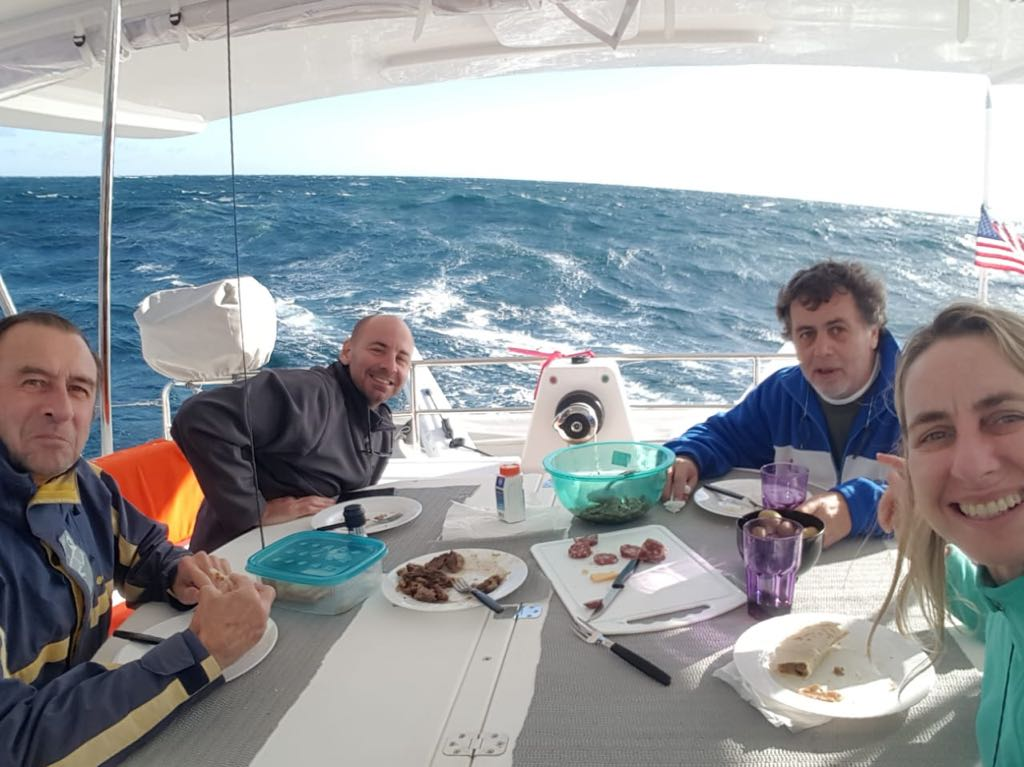 Seahorse crew eating lunch together